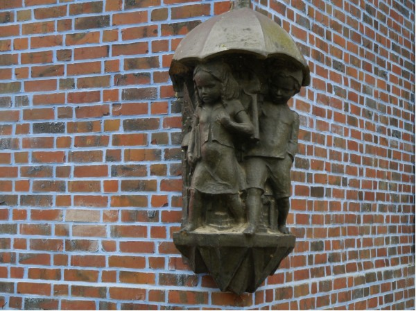 140424 Grundschule Furtweg Pausenhof